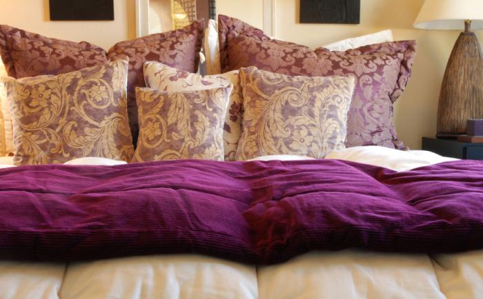 wohnideen f r das wohnzimmer beine hochlegen und entspannen. Black Bedroom Furniture Sets. Home Design Ideas